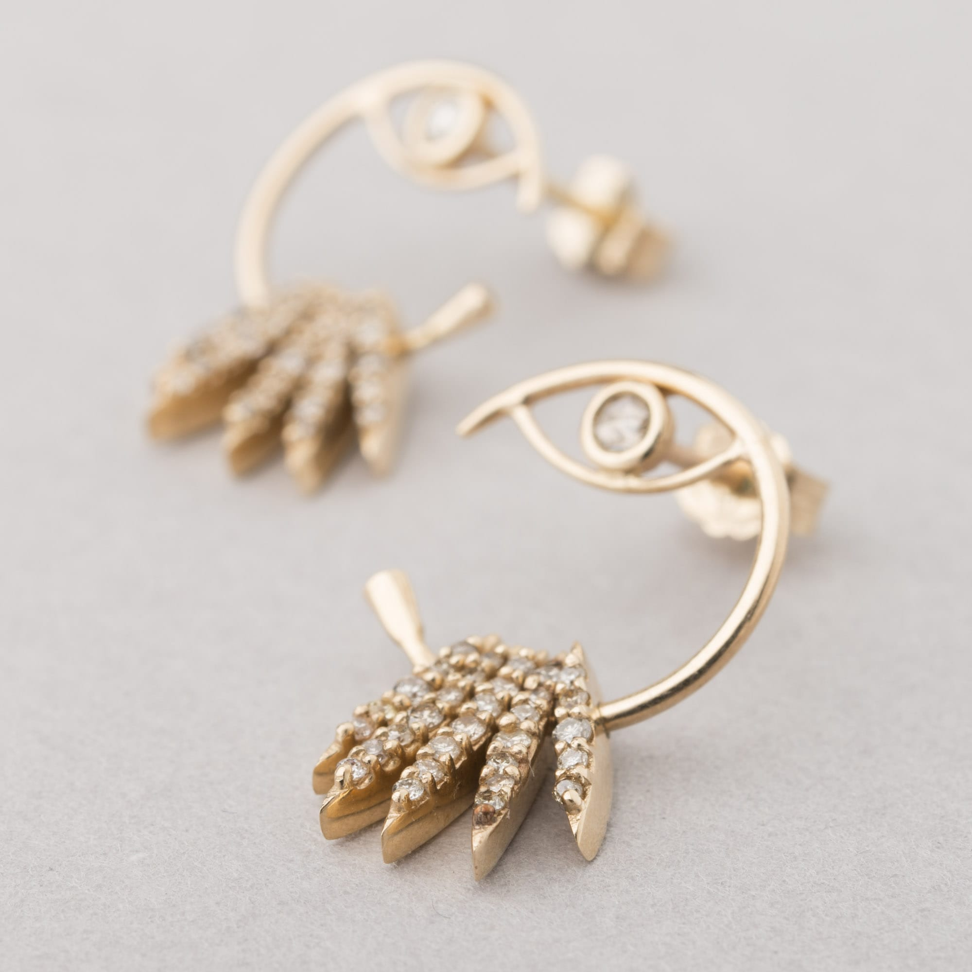 a78e8a646b2ea2 Celine Daoust - stars & the universe sunbeams earrings ⋆ LockStock